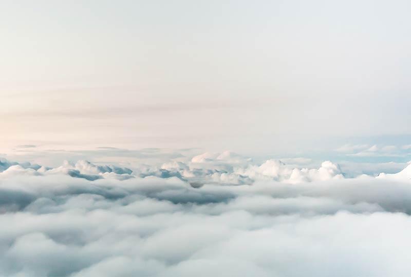 Journal: Über den Wolken, Blick auf die Wolkendecke